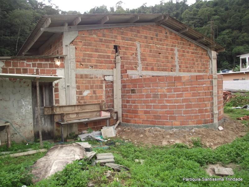 Obras na Comunidade da Água Santa