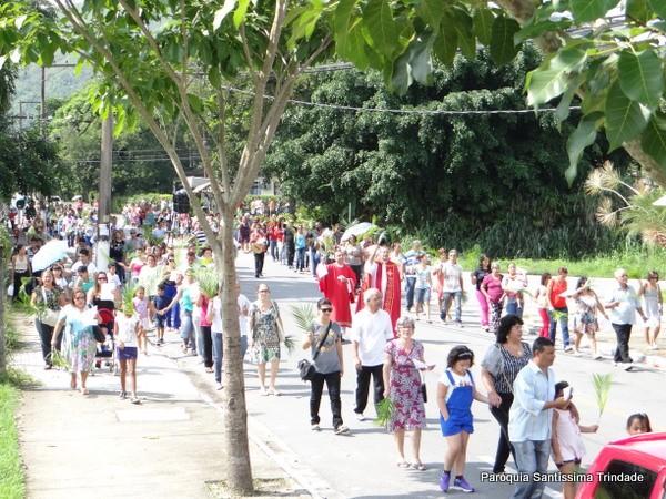 Domingo de Ramos e Paixão do Senhor – Comunidade de São José Operário – Village