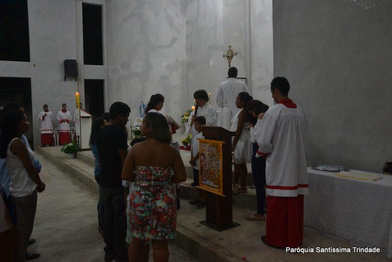 Vigilia Pascal e Batismo de Crismandos e Catequisandos Comunidade Sagrado Coração de Jesus Monsuaba