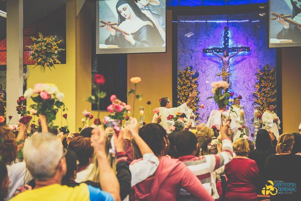Missa de Santa Rita de Cássia – Village