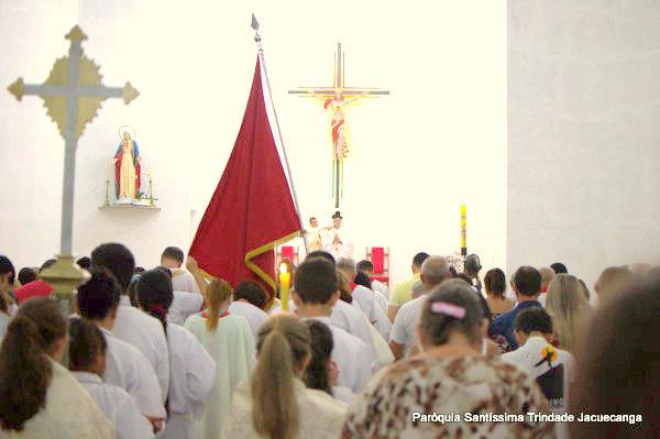 Levantamento do Mastro da Festa do Sagrado Coração de Jesus Monsuaba 12mai2018