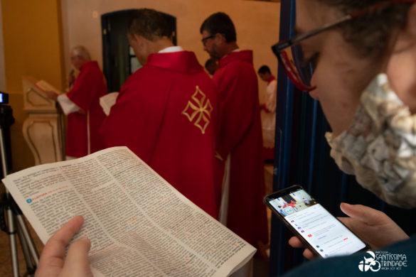 Paixão do Senhor e Adoração da Cruz – 10Abr2020 – Matriz